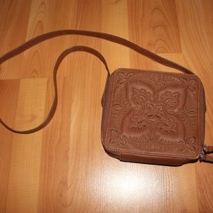 Mossimo Supply Brown Purse Crossbody Zipper Bag